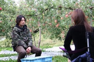 インタビューを受ける東 正貴さん